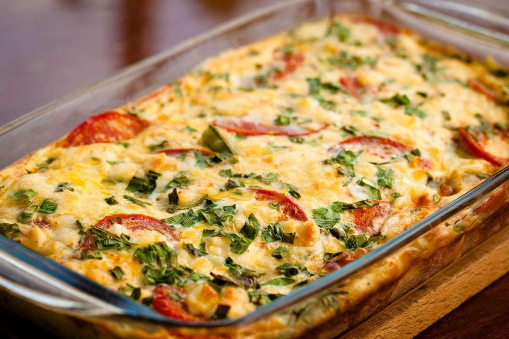 Запеканка с кабачками, фаршем, сыром, помидорами фото