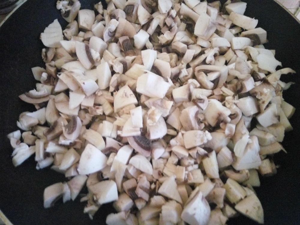 Грибы для гнезд из макарон фото