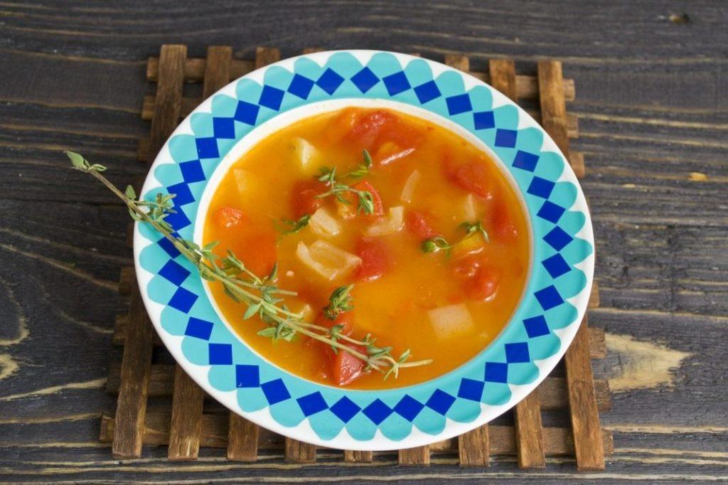 Гороховый суп с помидорами и болгарским перцем фото