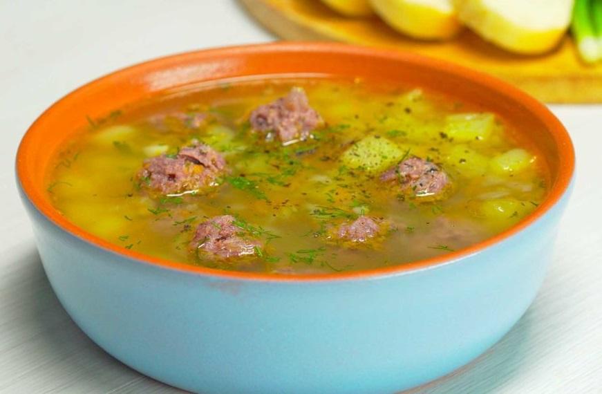 Гороховый суп с фрикадельками фото