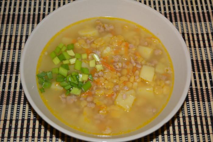 Гороховый суп с фаршем в мультиварке фото